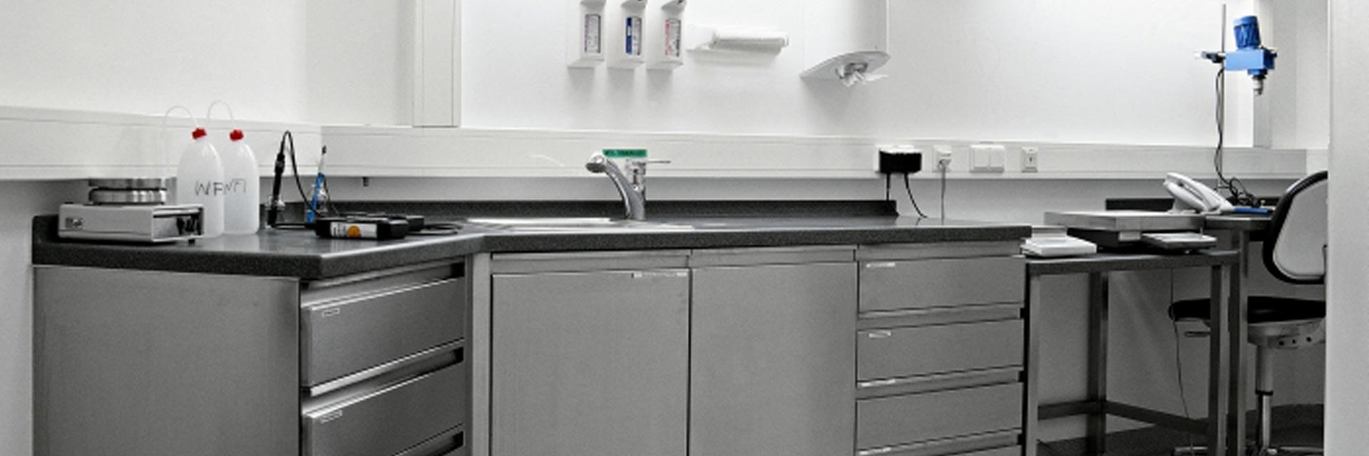 ladenbau und labor metagro edelstahltechnik ag. Black Bedroom Furniture Sets. Home Design Ideas